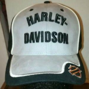 NWT Harley Davidson 3D Logo Sz 7 1/2 Hat Cap